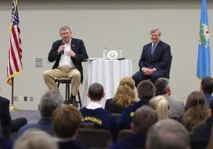 Lucas and Vilsack address audience at Redlands Community College in El Reno, OK.